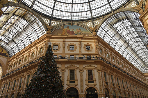 Christmas tree in the Galleria Vittorio Emanuele II