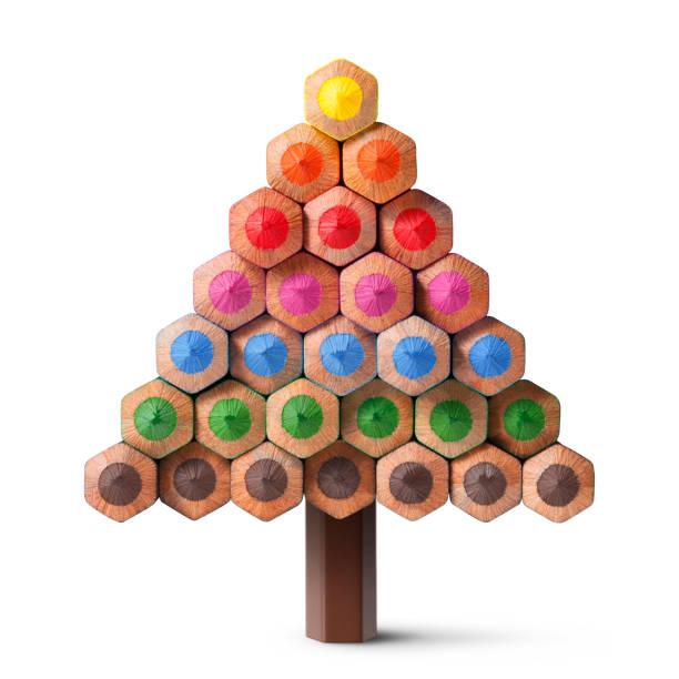 weihnachtsbaum aus buntstifte hergestellt - weihnachtsideen stock-fotos und bilder