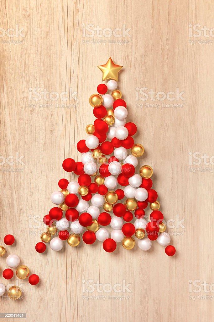 weihnachtsbaum in rot gold weihnachten in europa. Black Bedroom Furniture Sets. Home Design Ideas
