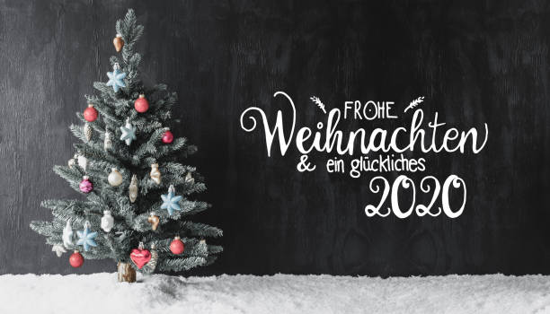 Christmas Tree, Snow, Colorful Ball, Glueckliches 2020 Means Happy 2020 – Foto