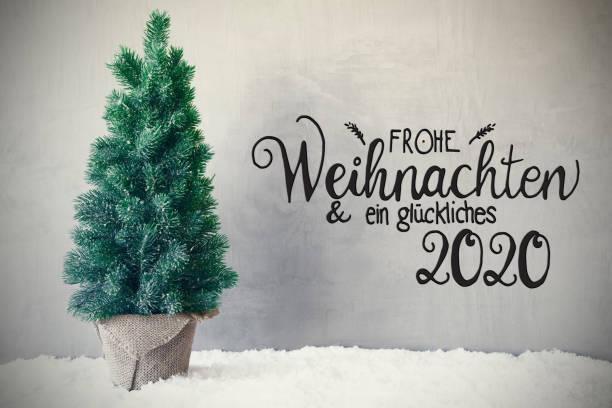 Weihnachtsbaum, Schnee, grau Hintergrund, Glueckliches 2020 bedeutet glücklich 2020 – Foto