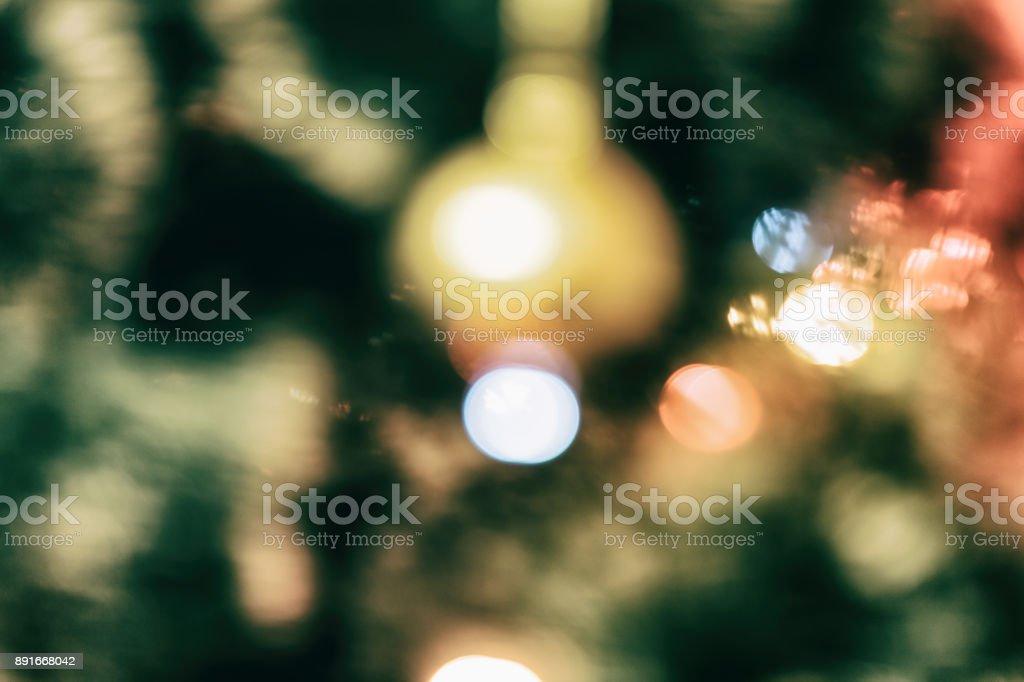 Fotos Profesionales De Navidad.Arbol De Navidad Con Guirnaldas En Fuera De Foco Foto De