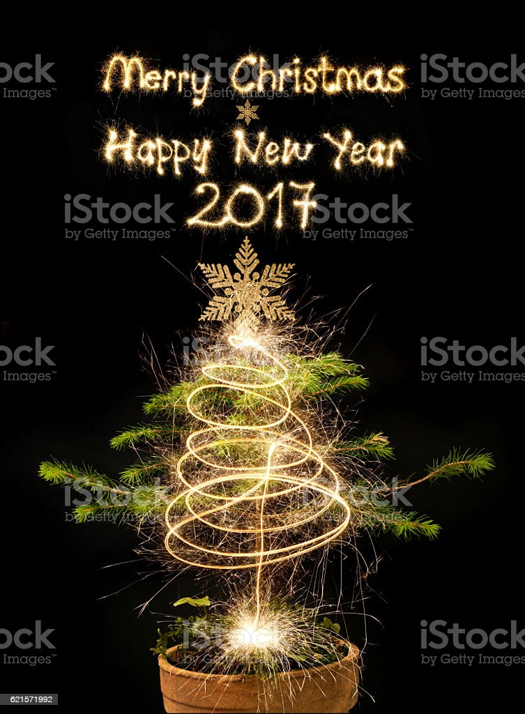 Christmas Tree With Sparkler Merry Christmas And Happy 2017 photo libre de droits