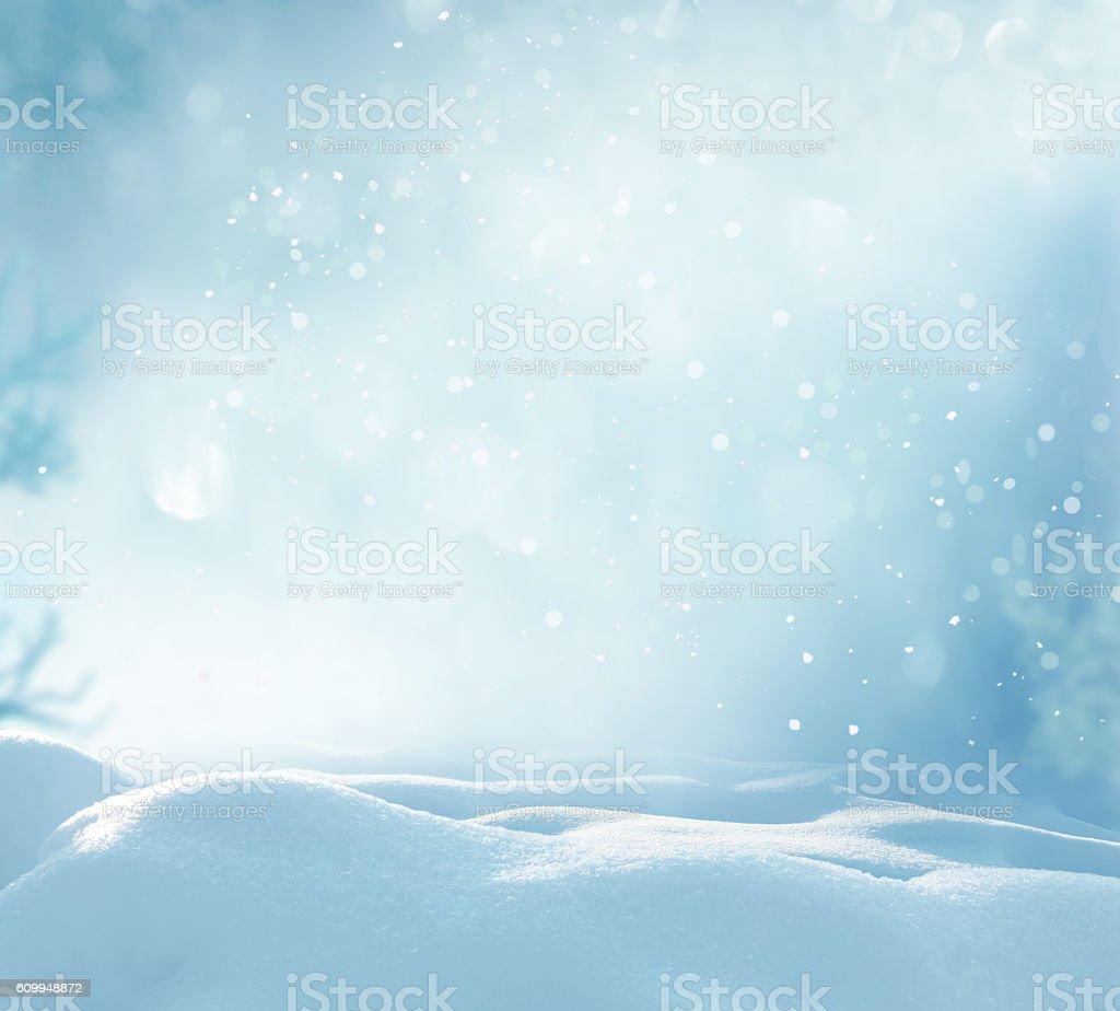 De invierno con nieve de navidad de fondo bokeh y borrosas - foto de stock