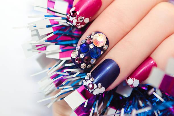 christmas winter blue manicure . - nageldesign trend stock-fotos und bilder