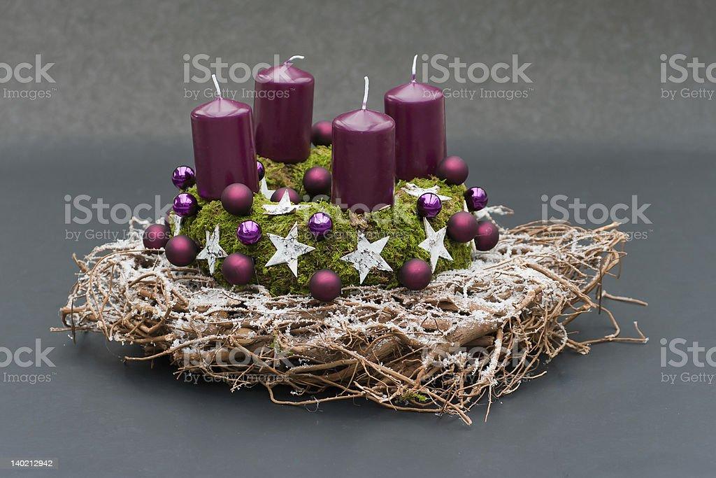 Weihnachtskranz mit vier candels – Foto