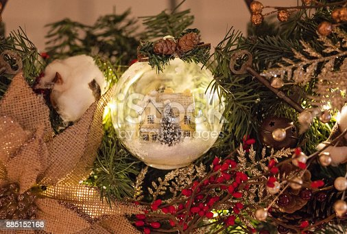 istock Christmas Wreath with Snow Globe 885152168