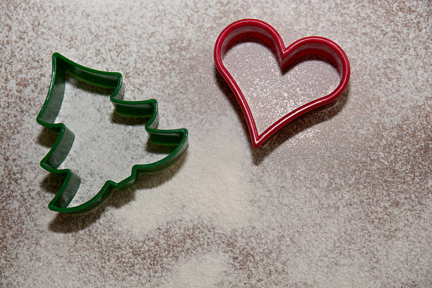 weihnachten-symbole - weihnachtsplätzchen rezepte stock-fotos und bilder
