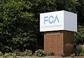 istock Chrysler World Headquarters 524303913