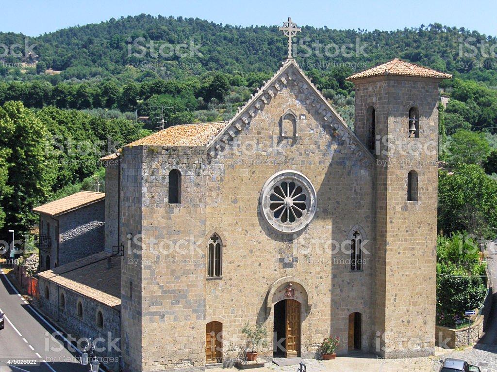 Iglesia en bolsena lazio Italia foto de stock libre de derechos