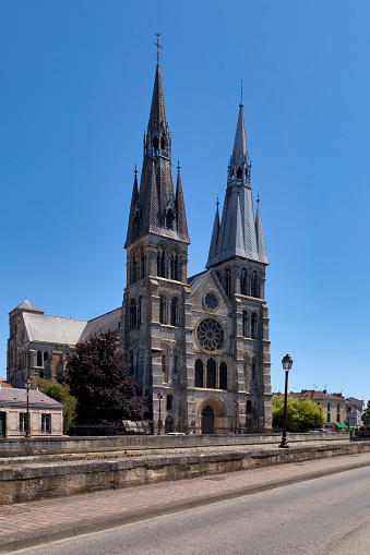 Church Of Notredameenvaux In Châlonsenchampagne Stock Photo - Download Image Now