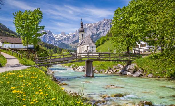 kyrkan i ramsau, berchtesgadener land, bayern, tyskland - bayerischer wald bildbanksfoton och bilder