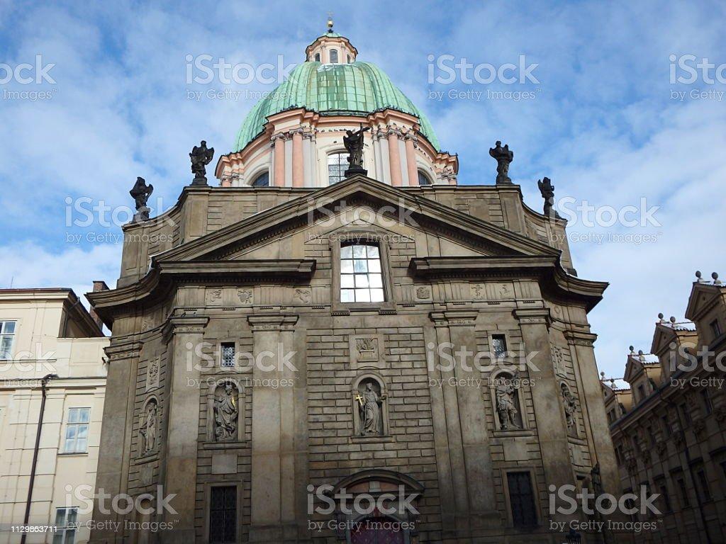 Foto De Igreja De Sao Francisco De Assis Praga Republica Checa E