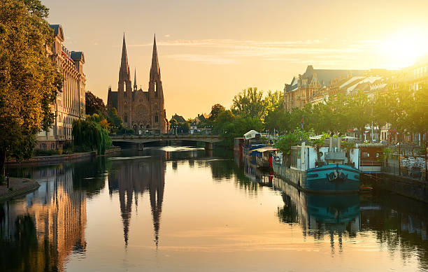 Church of Saint  Paul Reformed Church of St. Paul in Strasbourg at sunrise, France strasbourg stock pictures, royalty-free photos & images