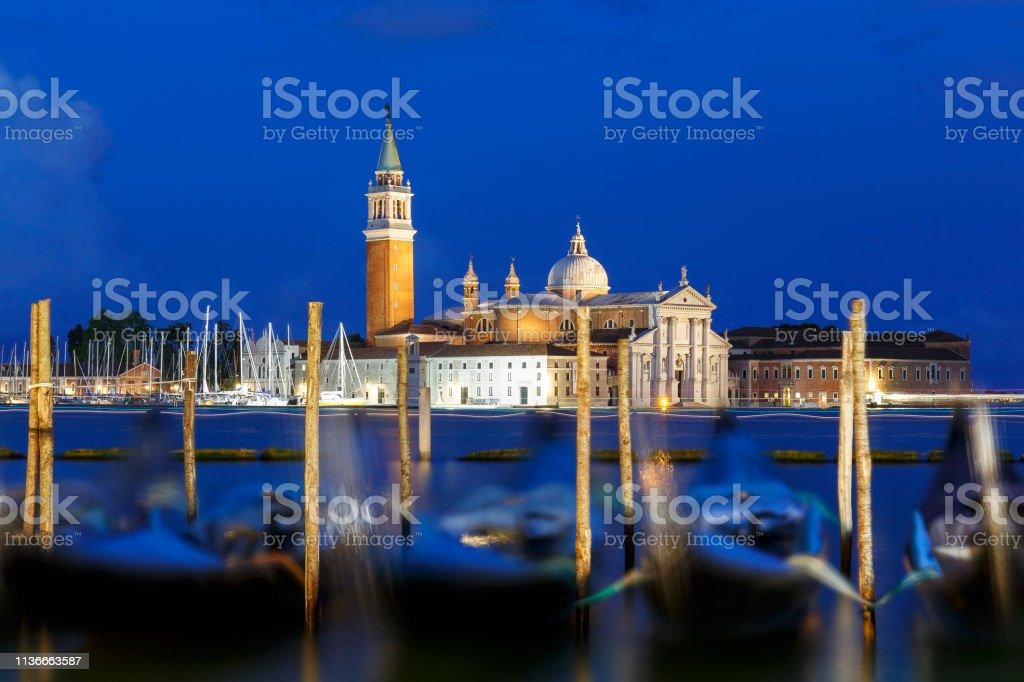Église de San Giorgio Maggiore à Venise la nuit - Photo