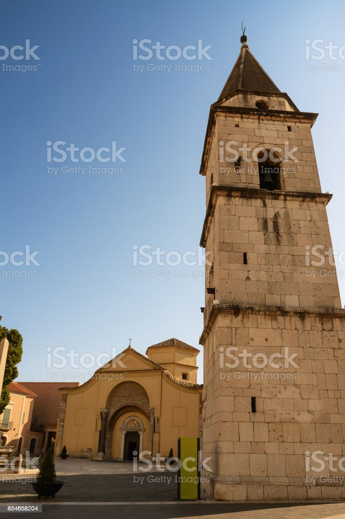 Church of Santa Sofia and its bell tower in Benevento (Italy) - foto stock
