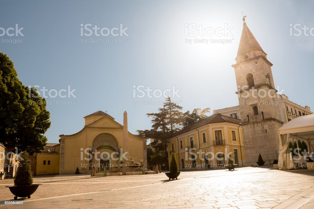 Church of Santa Sofia and its bell tower with blue sky in Benevento (Italy) - foto stock