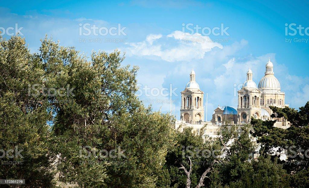 Iglesia de los árboles foto de stock libre de derechos