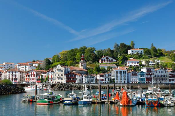 Ciboure und Hafen von Saint Jean de Luz, Frankreich – Foto