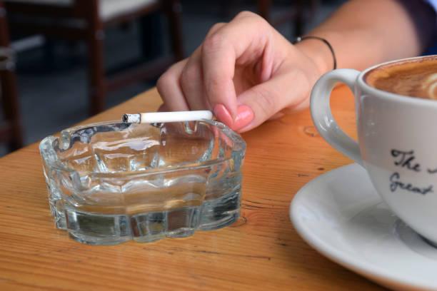 cigarett och kaffe - coffe with death bildbanksfoton och bilder