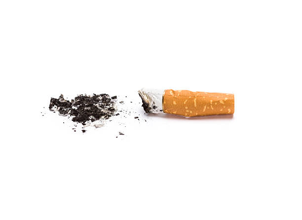 filtro di sigaretta - cicca sigaretta foto e immagini stock
