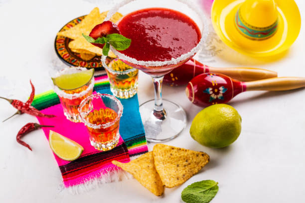 cinco de mayo celebration background - cinco de mayo party stock photos and pictures