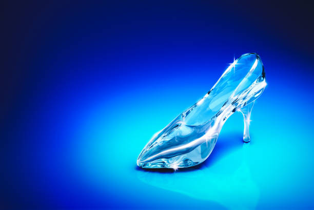 Cinderellas glass slipper on a blue background 3d gendering picture id1003936410?b=1&k=6&m=1003936410&s=612x612&w=0&h=hoif4 xohuha20gzgwy1foitw11wsdga42p3a09uspy=