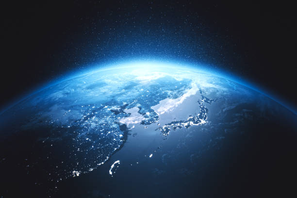 東アジア (nasa に世界地図の単位) 夜宇宙から映画青い地球を見る - 地球 ストックフォトと画像