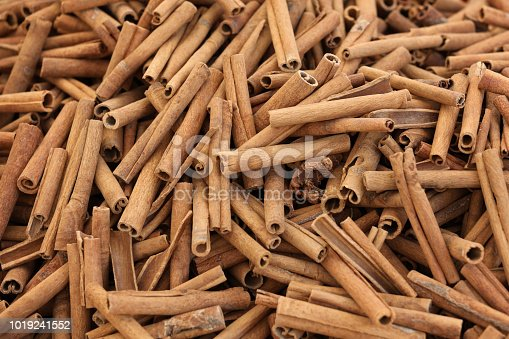Cinnamon background