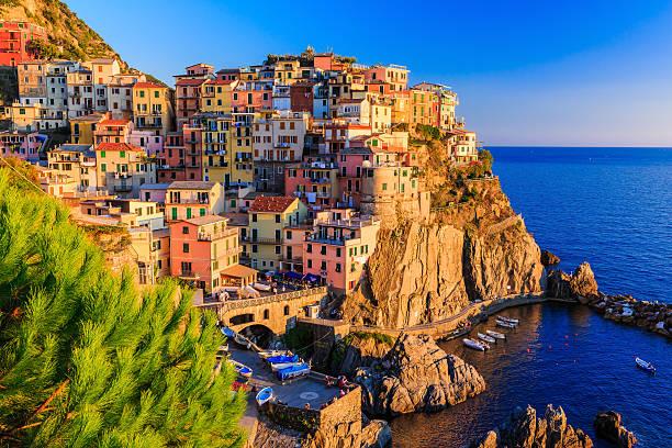 cinque terre, italia - la spezia foto e immagini stock