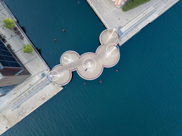 circle bridge i köpenhamn, danmark - öresundsregionen bildbanksfoton och bilder