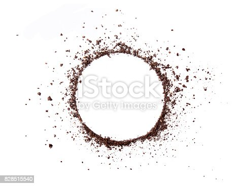 istock Circle coffee bean smashed powder craked and splash on white background top view 828515540