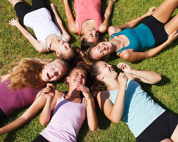 Gruppe von Teenage Mädchen – Foto