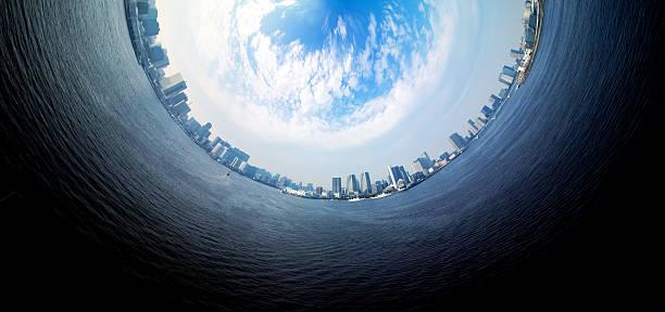 kreis panorama von urban stadt skyline - kleinstadt ansicht stock-fotos und bilder