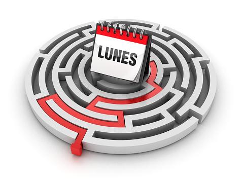 Circular Maze with LUNES Calendar - Spanish Word - 3D Rendering