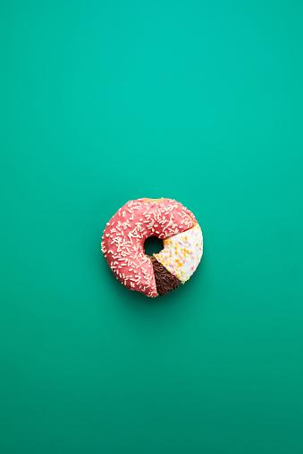 Circular statistical graphic made of doughnuts