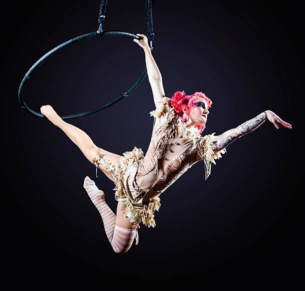Artiste de cirque Hoop - Photo