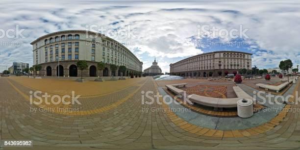 Cities sofia largo square picture id843695982?b=1&k=6&m=843695982&s=612x612&h=lzccqjj2umawhrkgxaoi1eaabou4n rghadmcuu j s=