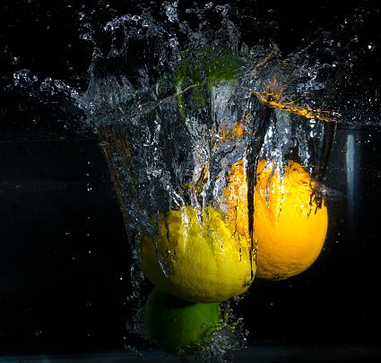 Citrusvruchten Splash Stockfoto en meer beelden van Bel - Vloeistof