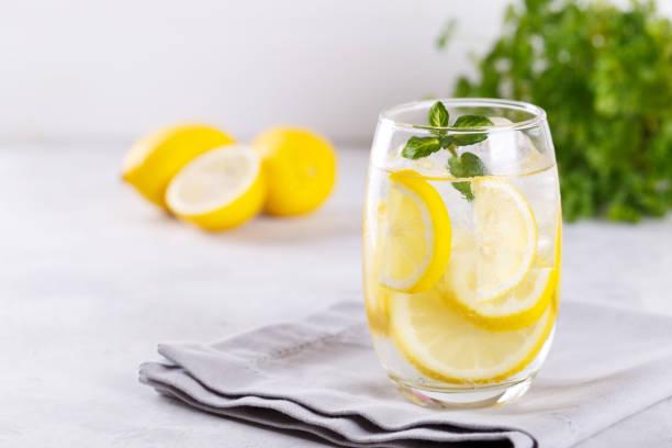 Zitrus-Limonade – Foto