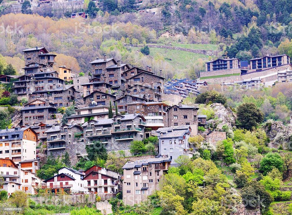 Cidade de montanhas.  Andorra la Vella - foto de acervo