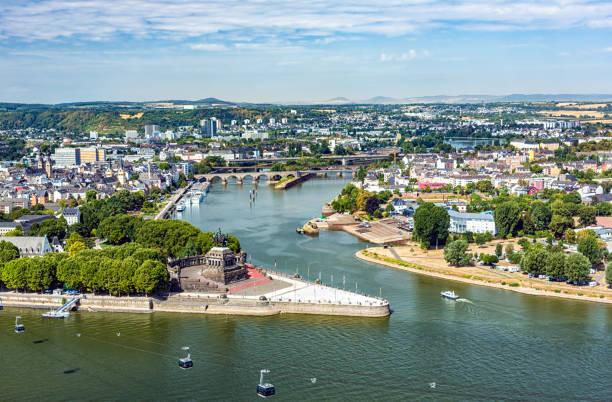 Stadt Koblenz mit dem Deutschen Eck – Foto