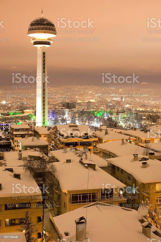 La vida de la ciudad y de invierno - foto de stock