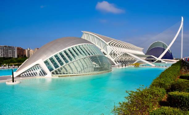 city of arts and sciences, valencia, spanje - valencia stockfoto's en -beelden