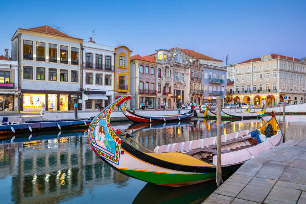 city of aveiro in the north of portugal with the water canals by night. - aveiro imagens e fotografias de stock
