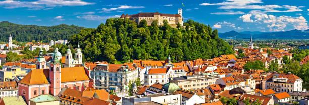 city of ljubljana panoramic view, capital of slovenia - słowenia zdjęcia i obrazy z banku zdjęć