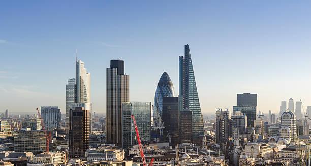 Stadt Wolkenkratzer in finanziellen Bezirk von London – Foto
