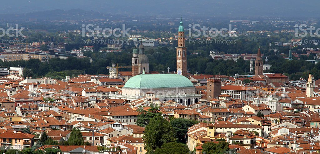 Città di VICENZA con la Basilica Palladiana - foto stock