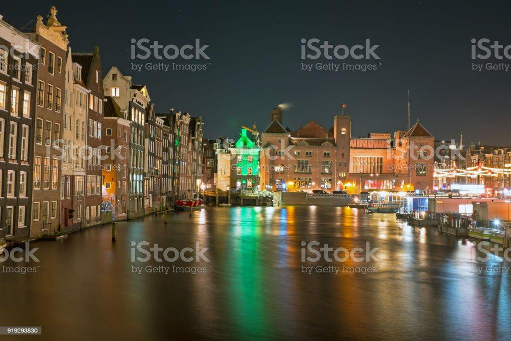 Malerische Stadt Von Amsterdam Zu Weihnachten In Den Niederlanden In ...