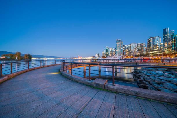 City Skyline und Yachthafen von Vancouver vom Stanley Park – Foto